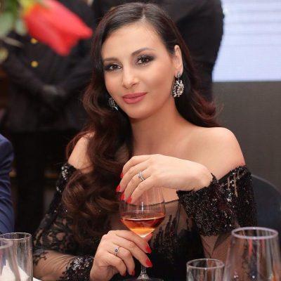 """""""Pritja e ëmbël"""" në familjen Mamaqi, Ami flet për herë të parë për shtatzaninë"""