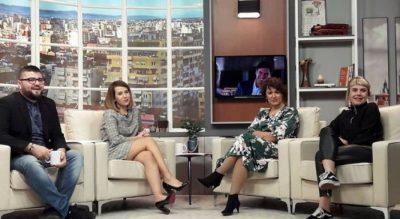 Aktorja shqiptare denoncon 'live' në emision: Më kanë NGACMUAR seksualisht regjisorë
