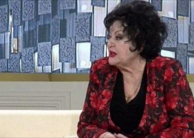Aktorja e njohur shqiptare rrëfen dashurinë, përkujton bashkëshortin e ndjerë