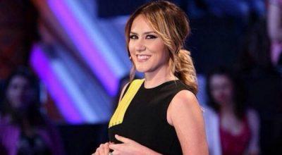 """""""Dua të të bëj të lumtur"""" mbaroi, këtë DETAJ në veshjet e Arbanës gjatë emisioneve ndoshta nuk e keni vënë re"""