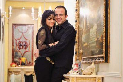 Ardit Gjebrea zbulon dhuratën që i bëri bashkëshortes. Sa romantik qenka… (FOTO)