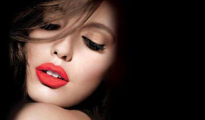 Si të zgjedhësh buzëkuqin e duhur sipas ngjyrës së lëkurës (FOTO)