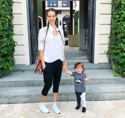 Përzierje ndjenjash, Emina Çunmulaj çon të bijën në kopsht për herë të parë