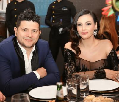 """Ermal Mamaqi ndan foton më të ëmbël me """"lulet e zemrës"""", Amin dhe vajzën e vogël, por habit me veprimin e tij! (FOTO)"""