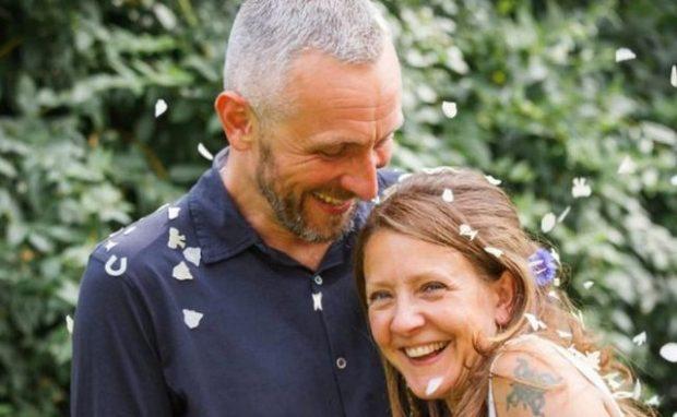 Burri fjeti 6 ditë me gruan e vdekur: Sikur të kisha qëndruar më gjatë…
