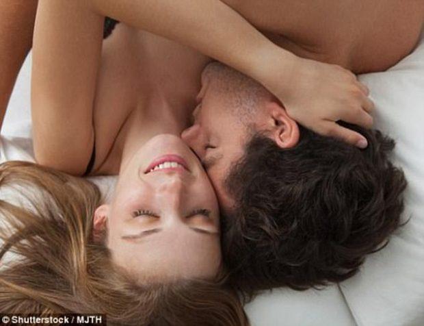 """Ju mungon dëshira për seks? Zbulohet """"hormoni i puthjes"""" që zgjidh problemin tek gratë"""