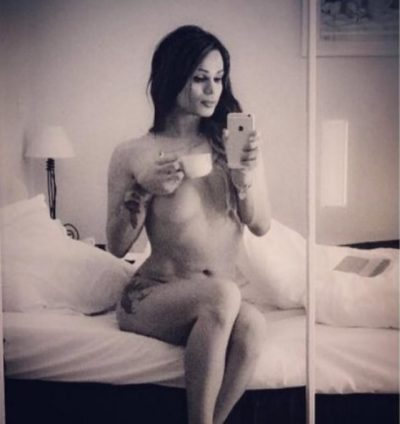 Linda Rei poston foton provokuese me të dashurin dhe tregon pa turp pjesën intime