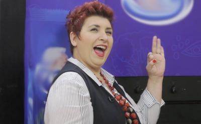 Surprizë: Nëna e Ledri Vulës së shpejti në jurinë e emisionit të famshëm