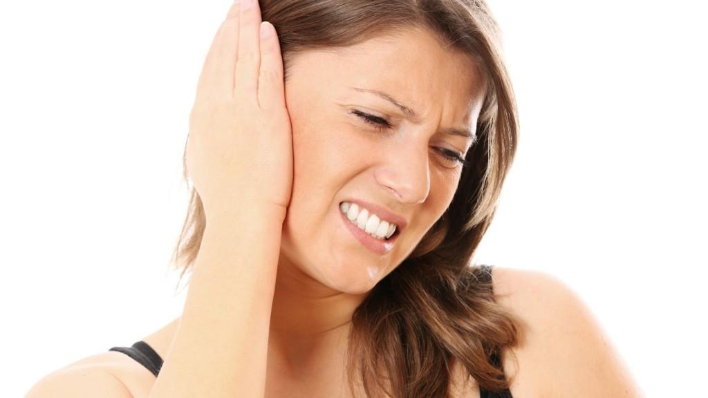Si shërohet dhimbja e veshit në kushtet e shtëpisë (FOTO)