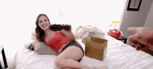 KUJDES! Mund të shihni veten në video porno me këtë aplikacion të ri