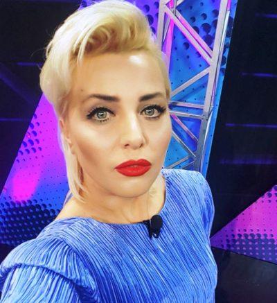 INTERVISTA/ Flet motra e Olta Gixharit: Suksesi në karrierë nuk përcaktohet se je burrë apo grua