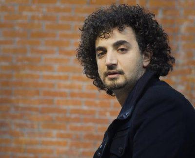 """""""Ty të haj si hienat"""", Albano Bogdo i kërkon falje përpara 2000 vetave personazhit të njohur (FOTO)"""