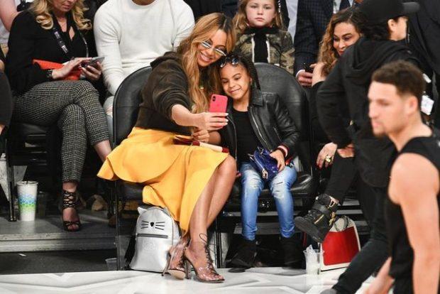 Me këto foto, vajza 6-vjeçare e Beyonce-s na tregoi që është ikona më e re e modës