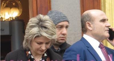 Në parlament me tuta dhe kapuç: Deputeti shqiptar LË NAM (FOTO)