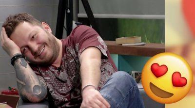 E kishte mbajtur të fshehtë për 10 vite, këngëtari shqiptar kapet mat me të dashurën