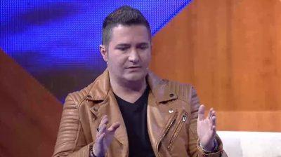 Devis Xherahu ka sharë shqiptarët në një emision grek? Ja si qëndron e vërteta
