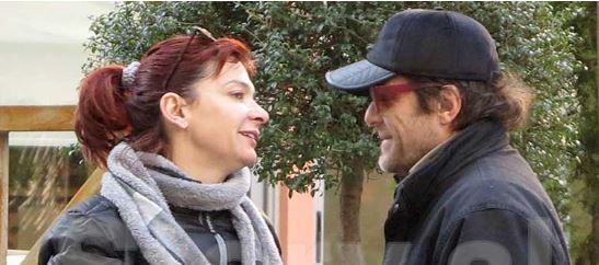 """Ema Andrea po shijon dashurinë e re. Kapet duke bërë """"puçi puçi"""" në publik (FOTO)"""