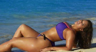 Femra me të pasme gjigante e trup të shëndoshë, i çmend meshkujt e botës (FOTO)