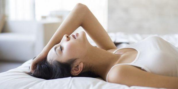 Femrat që bëjnë këtë gjatë seksit, tradhtojnë!