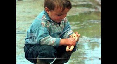 10-vjetori i Pavarësisë/ Fotografi i njohur nxjerr albumin që iu prek zemrat! (FOTO)