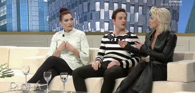 Video/ Gazetarët komentojnë ngjarjet me të përfolura të showbizit shqiptar. Nga divorci Enedës te reagimi i Encës…