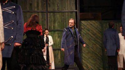 Gjakoset në skenë gjatë provave aktori i njohur shqiptar