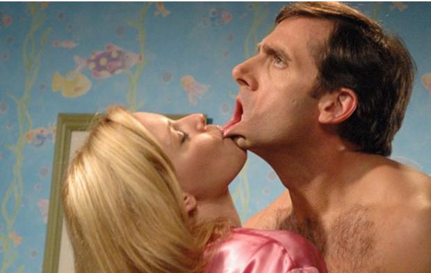 Gjërat që një mashkull duhet të ndalojë së bëri teksa puth!