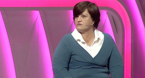 Video/ Historia e dhimbshme e nënës që i vdiqën binjakët dhe mesazhi për djalin adoleshent