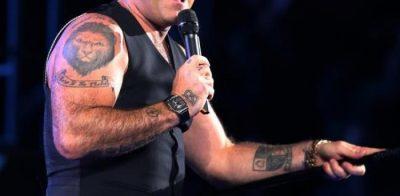 Kush e mendonte? Këngëtari i famshëm bën rrëfimin e pazakontë për sëmundjen e tij (FOTO)