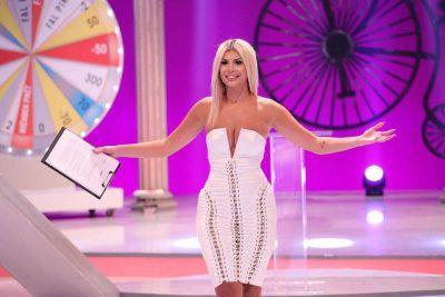 Luana Vjollca rrëfen si nisi karriera e saj televizive: Ndodhi rastësisht, teksa isha në parukieri…