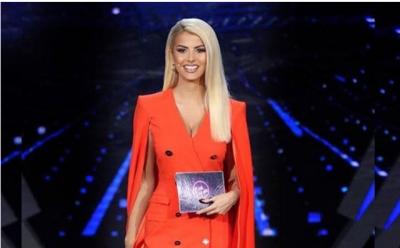 """Gazetari i njohur e pyet nëse është shtatzënë, Marina Vjollca i jep këtë përgjigje që na """"shashtisi""""! (FOTO)"""