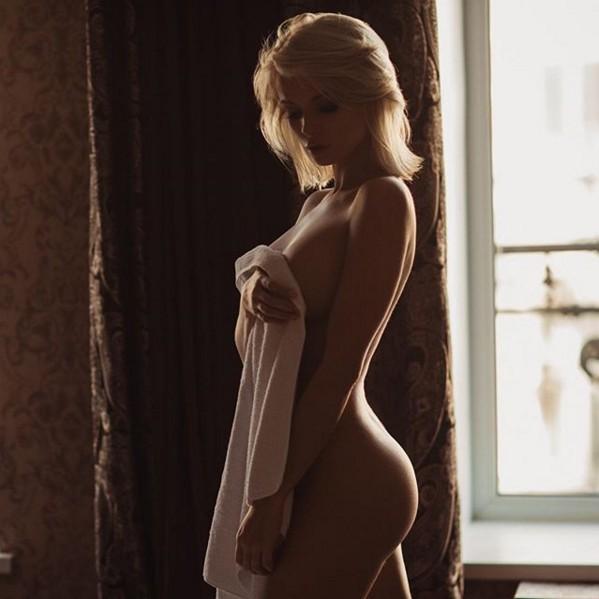"""Kush do jetë """"muza"""" e botërorit? 27-vjeçarja seksi i shpall """"luftë"""" Irina Shayk (FOTO)"""
