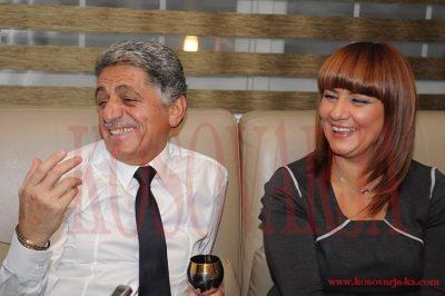 Sabriu dhe bashkëshortja kaq të dashur me këngëtaren e njohur (FOTO)