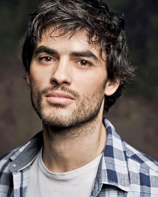 Nik Xhelilaj ndryshon pamjen! Aktorin shqiptar e ngatërrojnë me turk (FOTO)