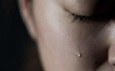 HISTORIA/ Vajza rrëfen tmerrin e paimagjinueshëm: Babai na rrihte të gjashtave, e në fund më martoi me …