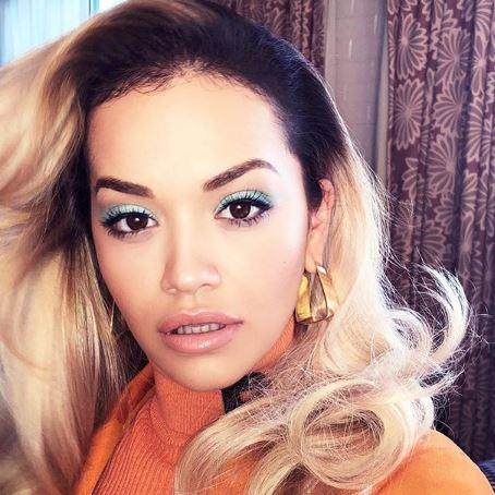 Rita Ora shtatzënë?! Videoja të cilën këngëtarja e fshiu menjëherë ngre dyshime