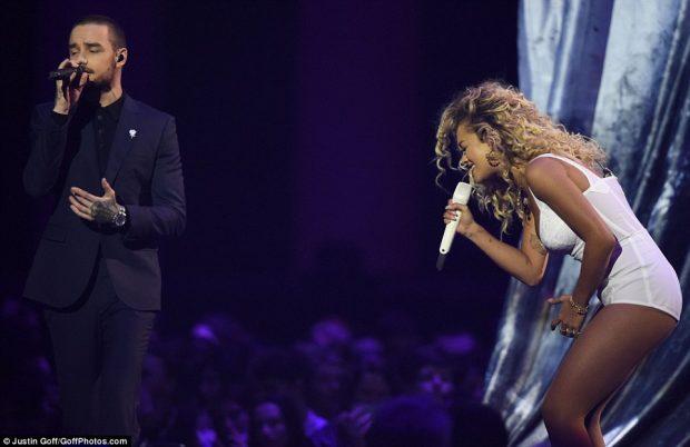 Plas skandali në Britani, e dashura e Liam ia ndaloi Ritës ti afrohet atij (VIDEO+FOTO)