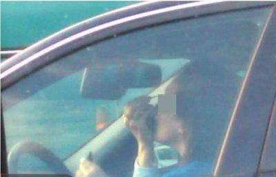 Papërgjegjshmëria kalon kufijtë! Veprimi i shoferes në Tiranë rrezikon jetë njerëzish…