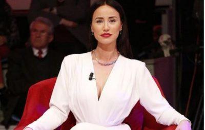 """""""Ti je një lulediell""""/ Albana Osmani tashmë si aktore te """"Egjeli"""" (VIDEO)"""