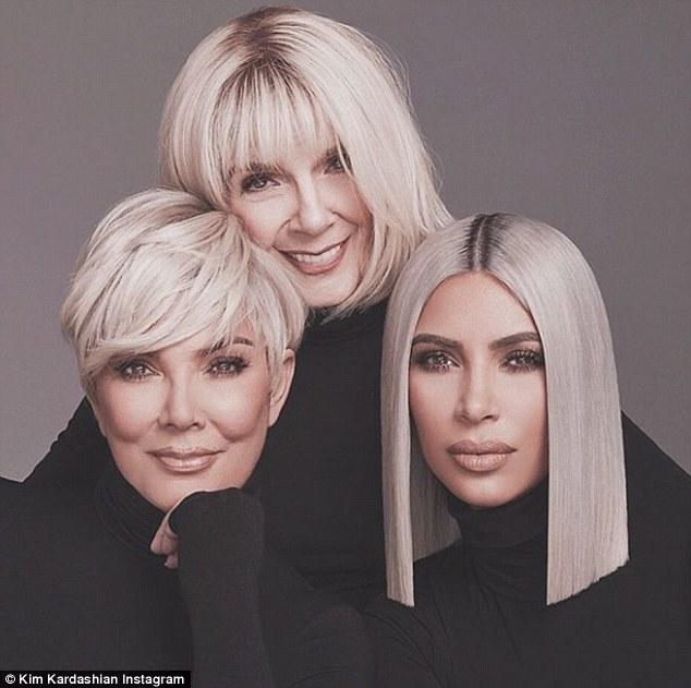 Nëna e Kim shumë seksi por nuk ia keni parë gjyshen (FOTO)