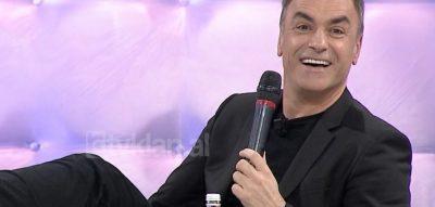 Arian Çani e PRANON LIVE: Unë i dashuroj ku*vat…