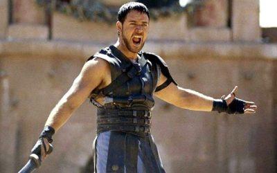 Divorcohet Russell Crowe, nxjer në ankand armaturën e Gladiator