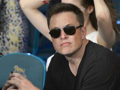 Elon Musk bëhet me vëlla pasi babai 72-vjeçar la shtatzënë me…(FOTO)