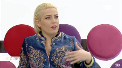 """Mendoi se e tradhëtonte, Këngëtarja shqiptare rreh të dashurin: """"E godita me ç'të mundja!"""""""
