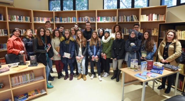 FOTOT: Rikonstruktohet Biblioteka Nr.4, do të mbajë emrin e gjuhëtarit Petro Zheji
