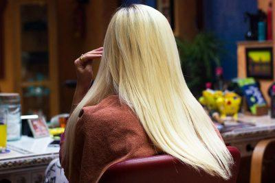 Vajza nga Tirana: Si zbulova që babai kishte qenë tutor e mamaja prostitutë