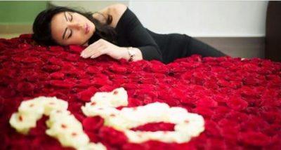 Buqetë apo kopësht lulesh? Qindra trëndafila dhe mesazhe të koduara në shtëpinë e Dorina Memës