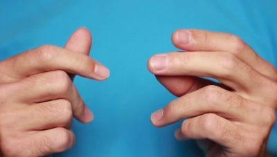 Lidhja që kanë gishtat me organin gjenital mashkullor, si përcaktohet gjatësia
