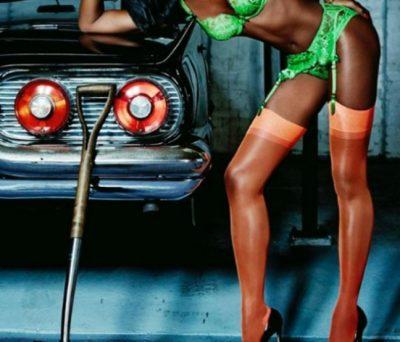 """Photoshopi """"dështon"""" përsëri/ Fansat akuzojnë modelen e njohur se ka manipuluar këtë imazh (FOTO)"""