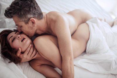 Pak para martesës e fejuara ka bërë seks me tre meshkuj, por…